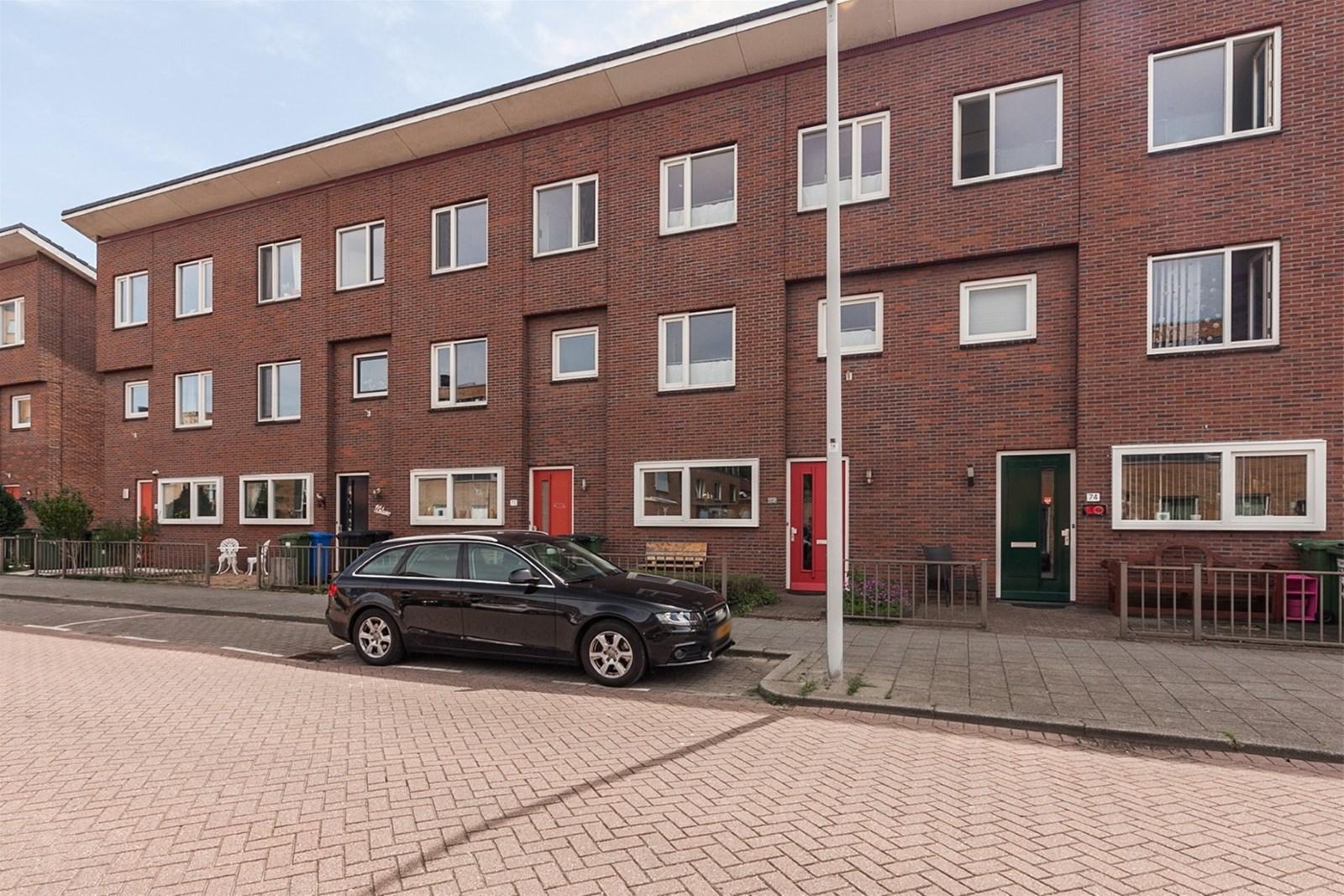 Een foto van Beugstraat 72, Hoogvliet Rotterdam