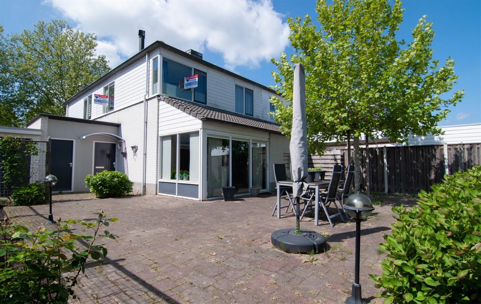 Een foto van Reinier Kloegstraat 28, Hoogvliet Rotterdam