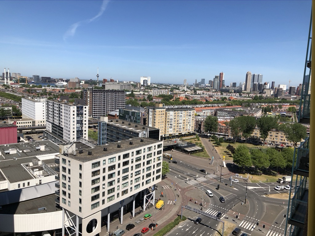 Een foto van Strevelsweg 1024, Rotterdam