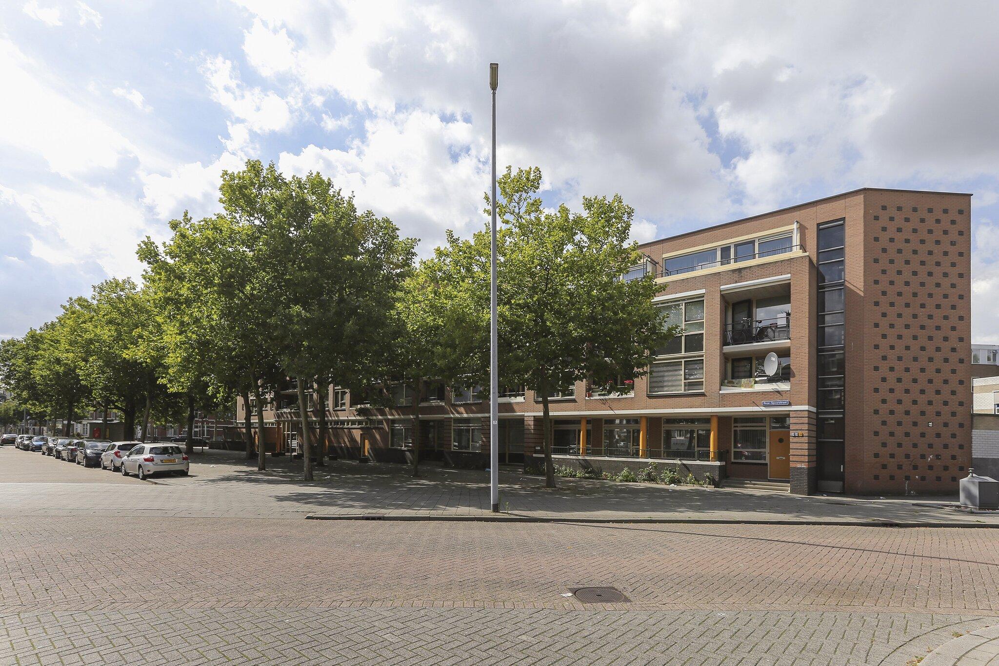 Een foto van Rose-Spoorstraat 49, Rotterdam